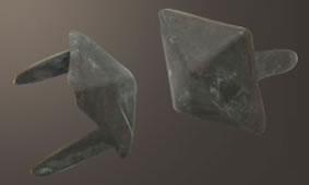 ダイヤモンドピラミッドスポッツ・レリック(ブラス)<16mm>