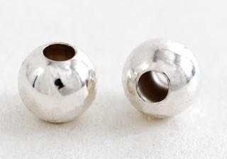 シルバービーズ・プレーン2個入り(6.0mm・穴径2.4mm)