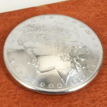 モーガンコインコンチョ1880-1889 BUネジ式(1886年)
