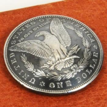 オールドモーガンコインコンチョ<イーグル>1878~1902年(いぶし銀) サーキュレイテッド ランクA ネジ式(1890年)