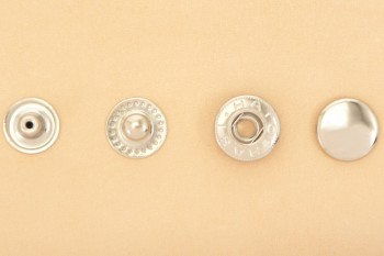 (B11)真鍮製バネホック<特大>8050 ニッケルメッキ