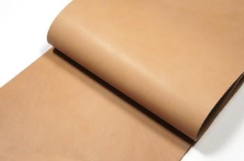 <OUTLET>30cm巾カット販売・牛コンビなめし革<ベージュマット>(25デシ)