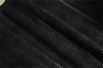 スモールクロコ型押し(牛革) 裁ち革(ハガキサイズ10×14.8 cm)